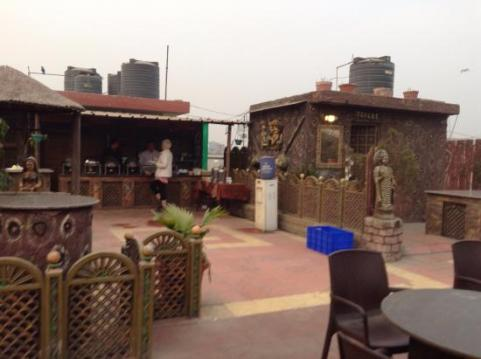 roof-top-breakfast-area